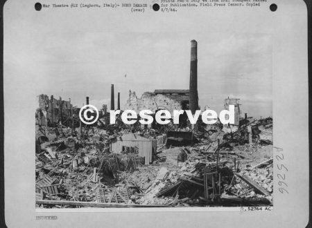 LEGHORN ITALY BOMBING 1943