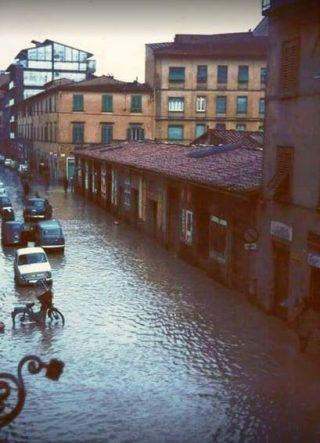 4 Novembre 1966 i magazzini degli artigiani di Via Gioberti
